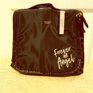 Victoria's Secret travel case NWT